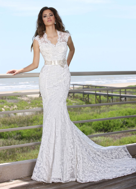 50240 gown from the 2015 DaVinci collection, as seen on Bride.Canada