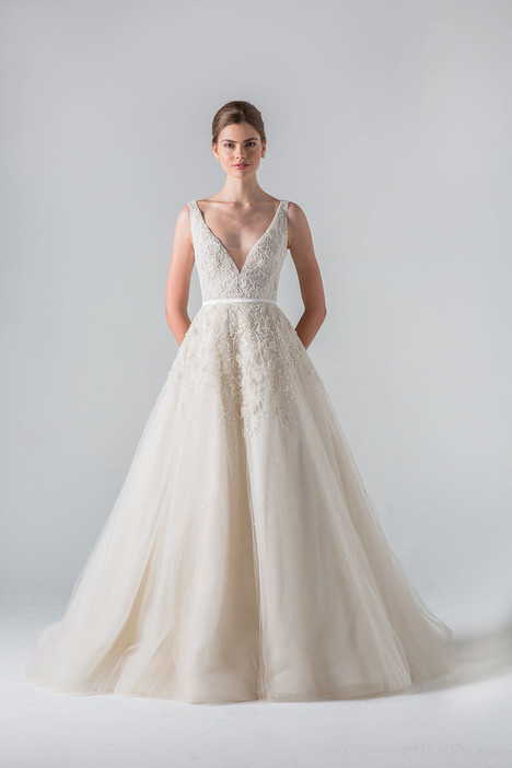 Versailles gown from the 2016 Anne Barge collection, as seen on Bride.Canada