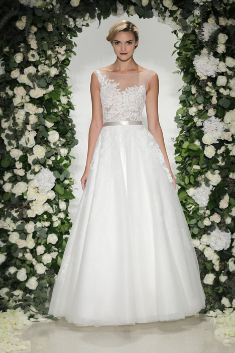 Cadogan gown from the 2016 Anne Barge collection, as seen on Bride.Canada