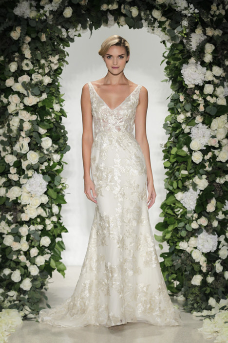 Claridge gown from the 2016 Anne Barge collection, as seen on Bride.Canada