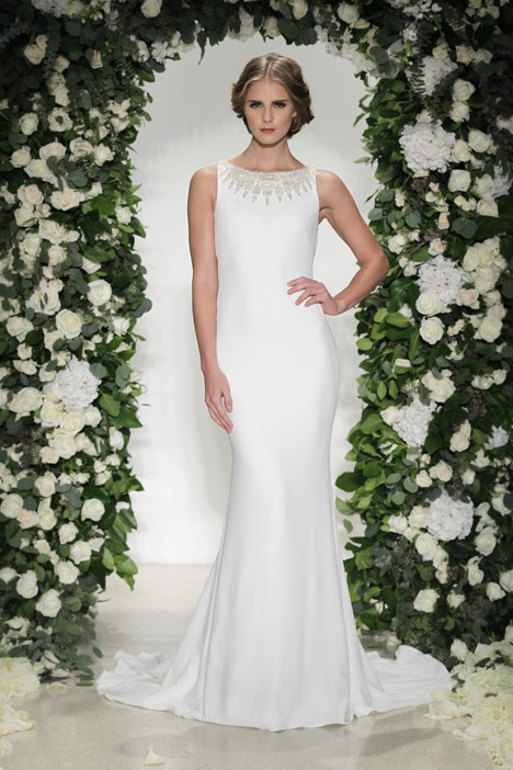 Gotham gown from the 2016 Anne Barge collection, as seen on Bride.Canada