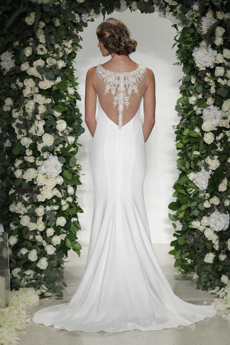 Gotham (2) gown from the 2016 Anne Barge collection, as seen on Bride.Canada