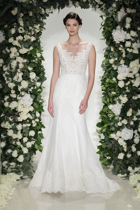 Hampton gown from the 2016 Anne Barge collection, as seen on Bride.Canada