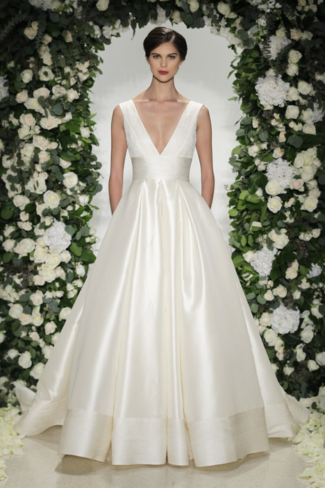 Langham gown from the 2016 Anne Barge collection, as seen on Bride.Canada