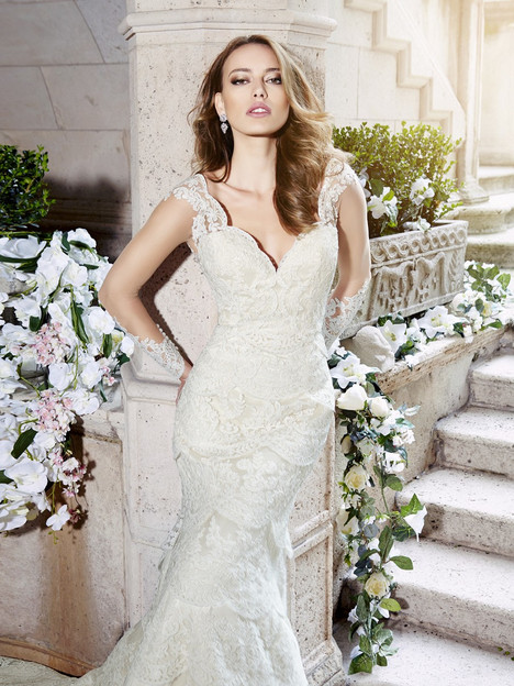 H1297 gown from the 2016 Moonlight : Couture collection, as seen on Bride.Canada