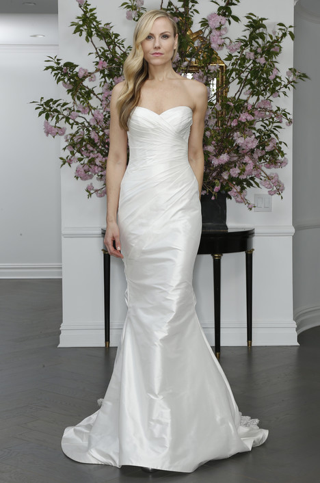 L6107 gown from the 2016 Legends Romona Keveza collection, as seen on Bride.Canada