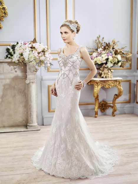 Imogen gown from the 2016 Val Stefani collection, as seen on Bride.Canada