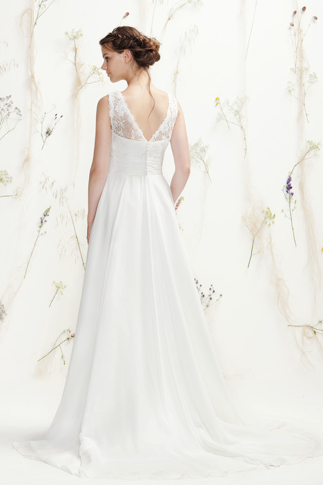 6401 (2) gown from the 2016 Lillian West collection, as seen on Bride.Canada