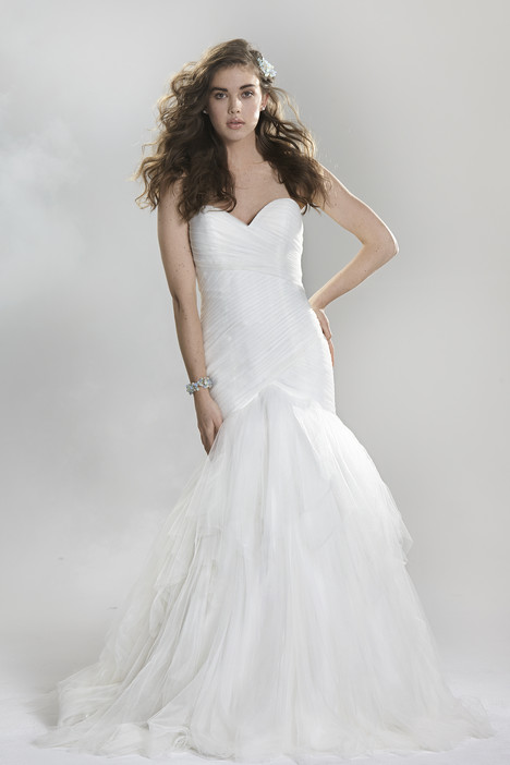6405 gown from the 2016 Lillian West collection, as seen on Bride.Canada
