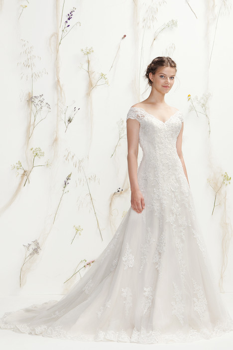 6408 gown from the 2016 Lillian West collection, as seen on Bride.Canada
