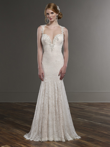 747 gown from the 2016 Martina Liana collection, as seen on Bride.Canada