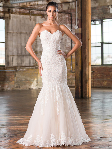 9826 gown from the 2016 Justin Alexander Signature collection, as seen on Bride.Canada