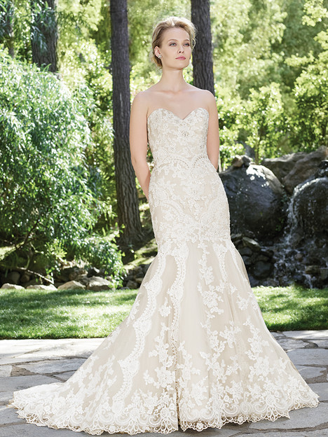 2254 Daphne gown from the 2016 Casablanca Bridal collection, as seen on Bride.Canada