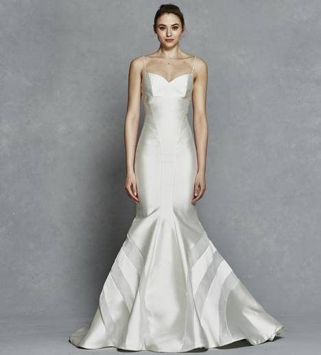 Iris gown from the 2017 Kelly Faetanini collection, as seen on Bride.Canada