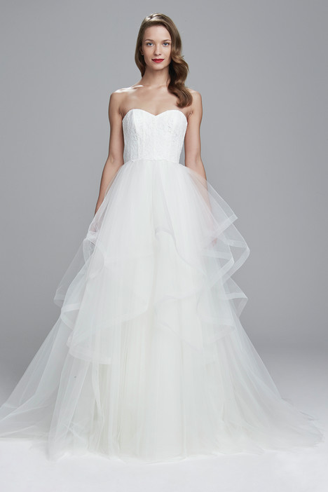 Auden gown from the 2017 Amsale Nouvelle collection, as seen on Bride.Canada