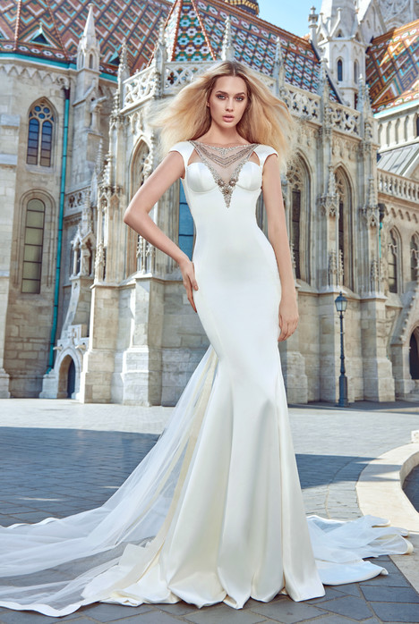 Juliana (+ train) gown from the 2016 Galia Lahav Couture collection, as seen on Bride.Canada