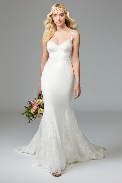 57401 gown from the 2016 Watters: Willowby collection, as seen on Bride.Canada