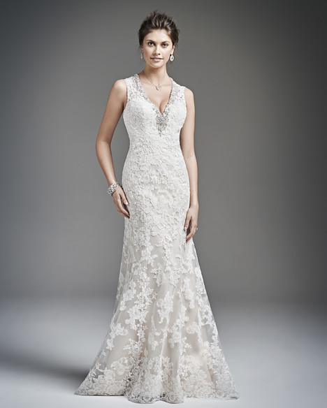 1619 gown from the 2016 Kenneth Winston collection, as seen on Bride.Canada
