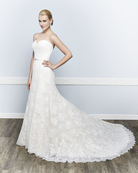 1649 gown from the 2016 Kenneth Winston collection, as seen on Bride.Canada