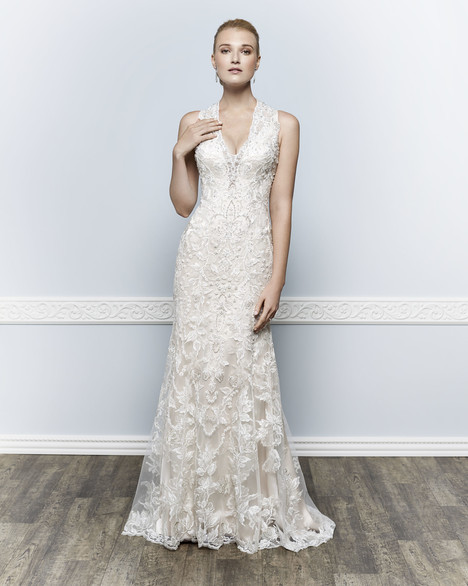 1660 gown from the 2016 Kenneth Winston collection, as seen on Bride.Canada