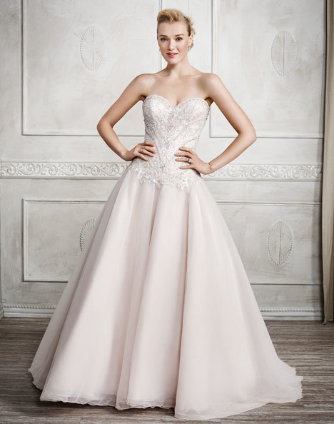 1671 gown from the 2017 Kenneth Winston collection, as seen on Bride.Canada