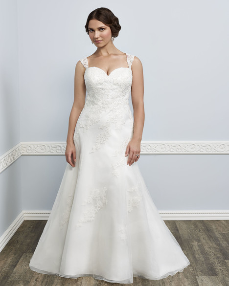 3389 gown from the 2016 Femme by Kenneth Winston collection, as seen on Bride.Canada