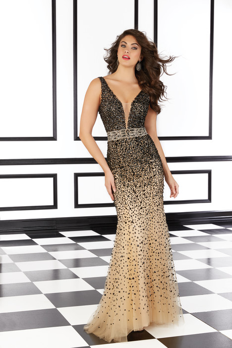 98619 (black) gown from the 2016 Mori Lee Prom collection, as seen on Bride.Canada