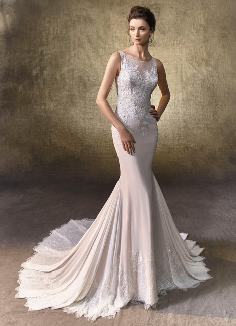 Layla gown from the 2017 Enzoani collection, as seen on Bride.Canada