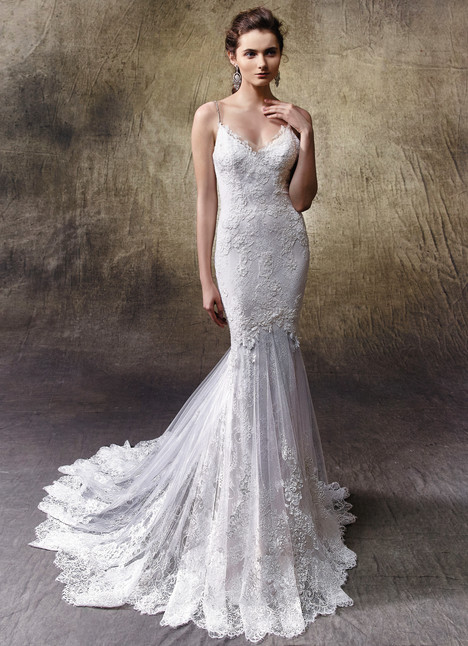 Lexi gown from the 2017 Enzoani collection, as seen on Bride.Canada