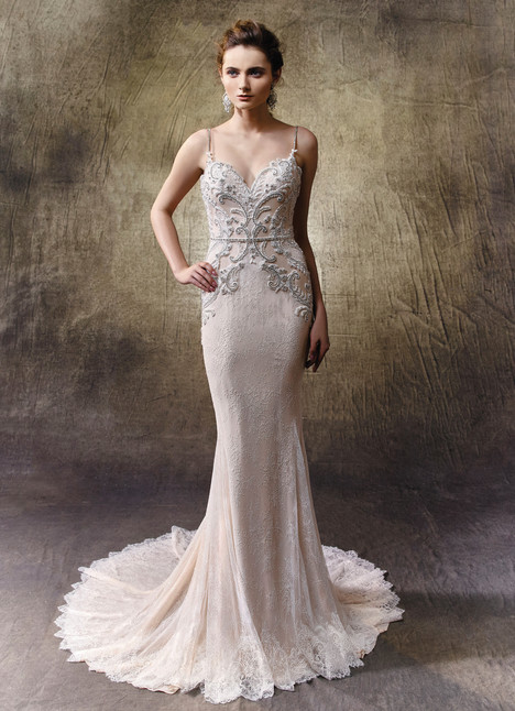 Liberty gown from the 2017 Enzoani collection, as seen on Bride.Canada