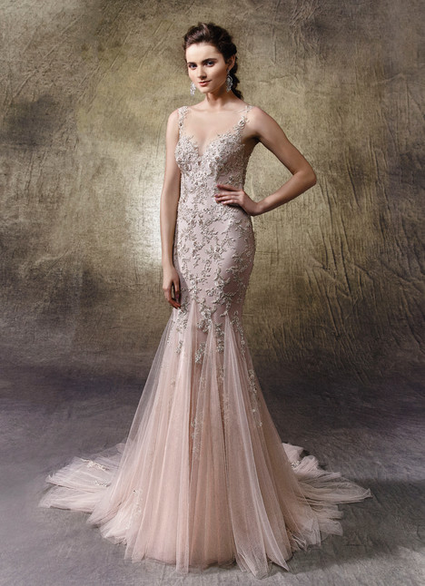 Linette gown from the 2017 Enzoani collection, as seen on Bride.Canada