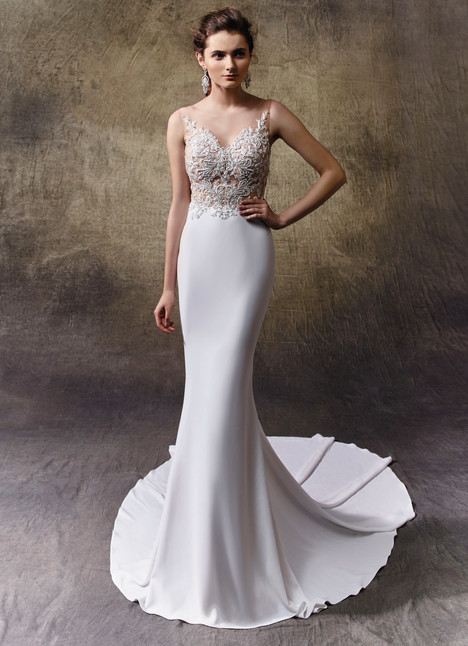 Lynn gown from the 2017 Enzoani collection, as seen on Bride.Canada