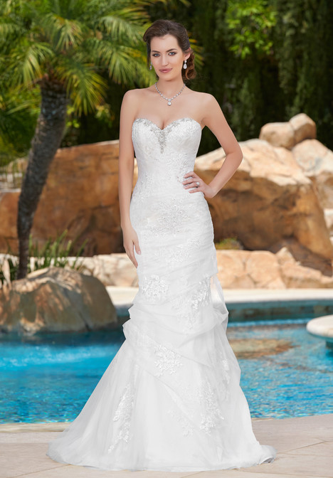 Pandora gown from the 2017 KittyChen collection, as seen on Bride.Canada
