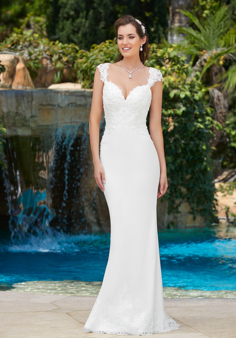 Tori gown from the 2017 KittyChen collection, as seen on Bride.Canada