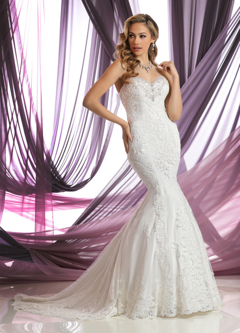 50386 gown from the 2016 DaVinci collection, as seen on Bride.Canada