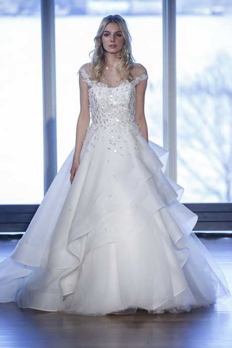Chrissie gown from the 2017 Alyne collection, as seen on Bride.Canada