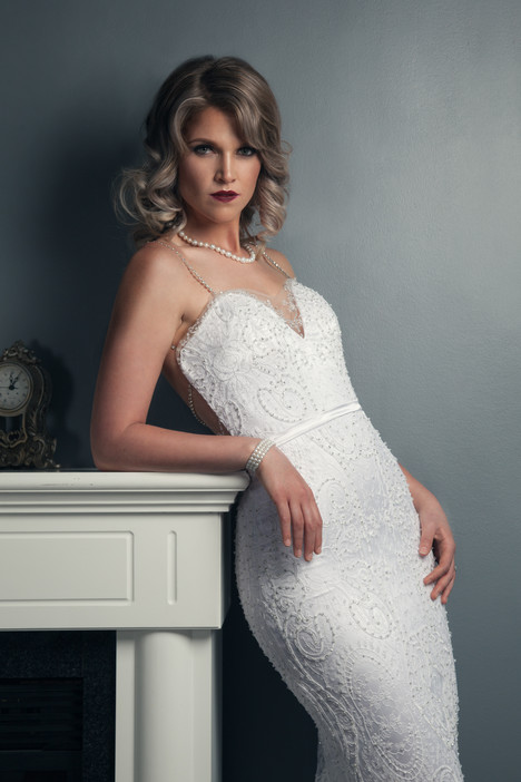 Jessica (2) gown from the 2016 Anna Lang collection, as seen on Bride.Canada