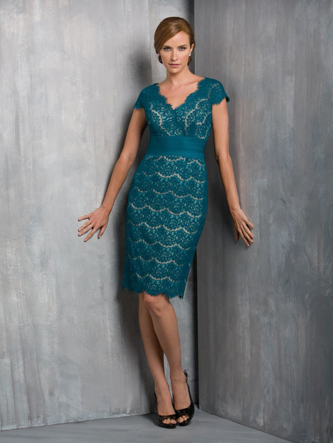 M170052 (teal and quartz) gown from the 2015 Jasmine Black Label collection, as seen on Bride.Canada