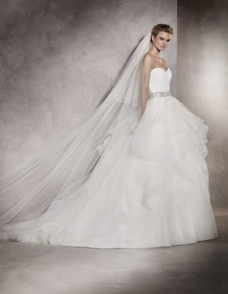 Albania gown from the 2017 Pronovias collection, as seen on Bride.Canada