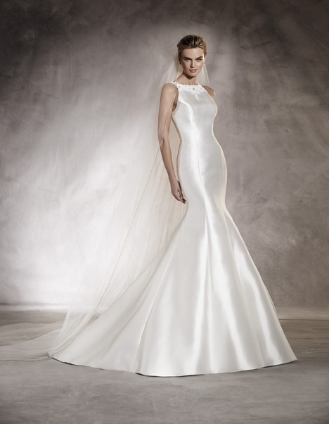 Arcila gown from the 2017 Pronovias collection, as seen on Bride.Canada
