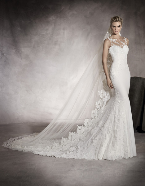 Prunelle gown from the 2017 Pronovias collection, as seen on Bride.Canada