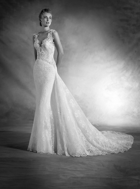 Nasira gown from the 2017 Pronovias Atelier collection, as seen on Bride.Canada