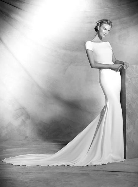 Valeria gown from the 2017 Pronovias Atelier collection, as seen on Bride.Canada