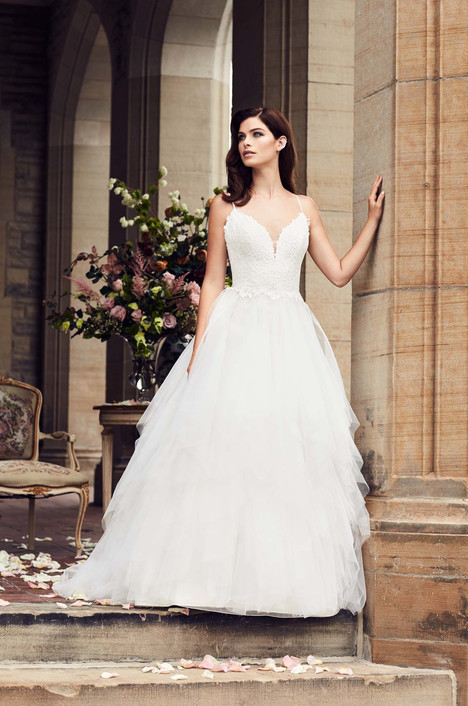 4734 gown from the 2017 Paloma Blanca collection, as seen on Bride.Canada