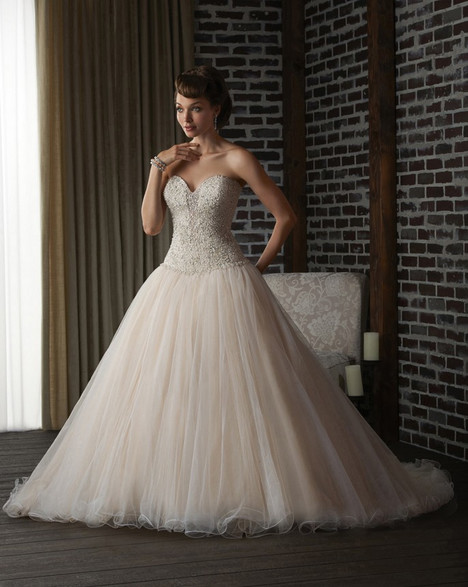300 gown from the 2013 Bonny Bridal collection, as seen on Bride.Canada