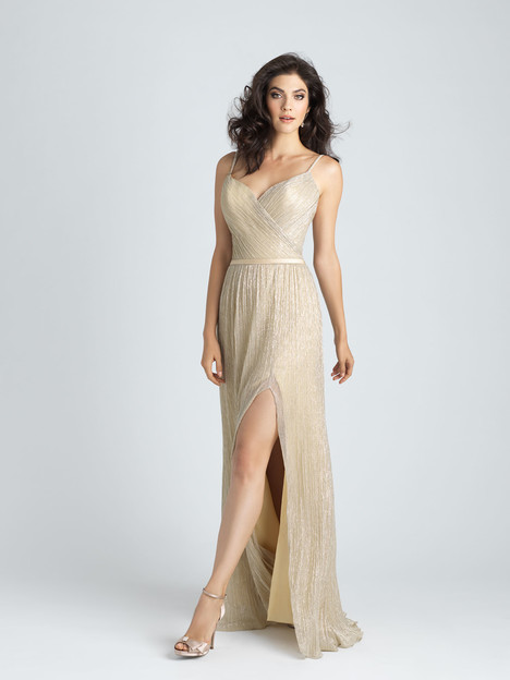 1515 gown from the 2017 Allure Bridesmaids collection, as seen on Bride.Canada