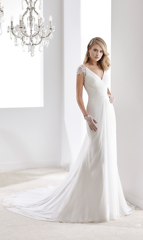 JOAB16418 gown from the 2016 Jolies collection, as seen on Bride.Canada