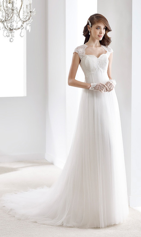 JOAB16514 gown from the 2016 Jolies collection, as seen on Bride.Canada
