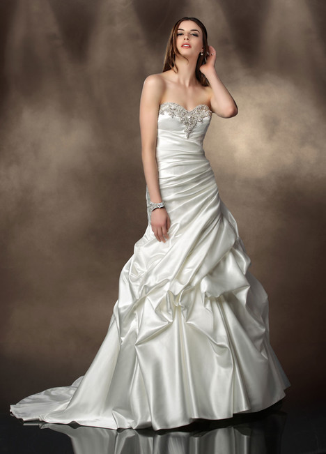 10201 gown from the 2013 Impression collection, as seen on Bride.Canada