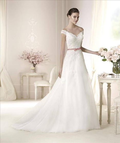 Danica gown from the 2014 Pronovias collection, as seen on Bride.Canada